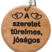 Kulcstartó, fa, kerek (A szeretet)